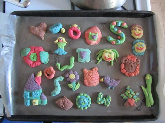 toys  Scrumptious, Sculptable Dough